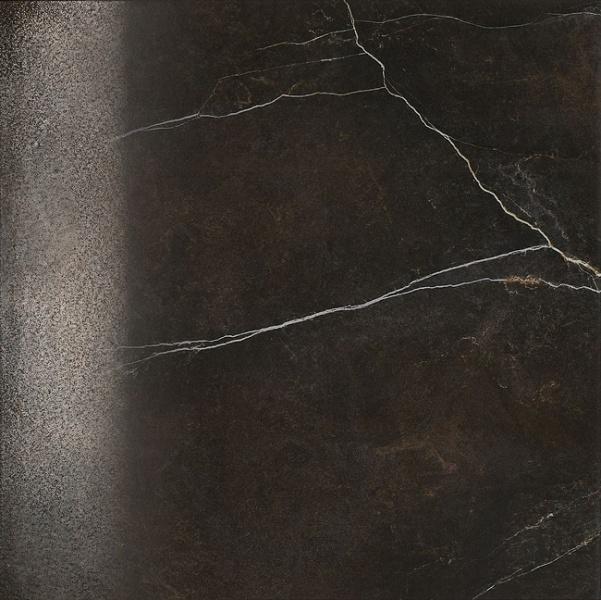 Черная напольная плитка, имитирующая камень